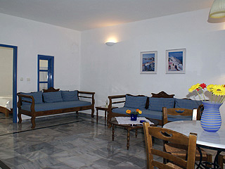 Aethrio Hotel Superior Sitting Room