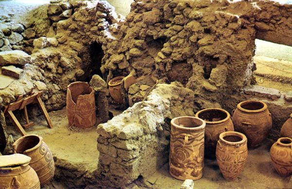 santorini akrotiri village