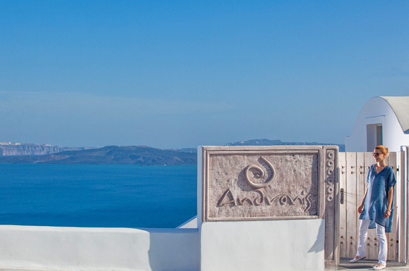 Andronis boutique hotel hotel luxury hotel santorini for Luxury hotel boutique